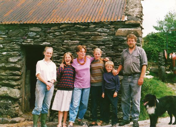 Veronica and Norman raised four children Kate, Susan, Jenny and Quinlan on the farm in Eyeries.