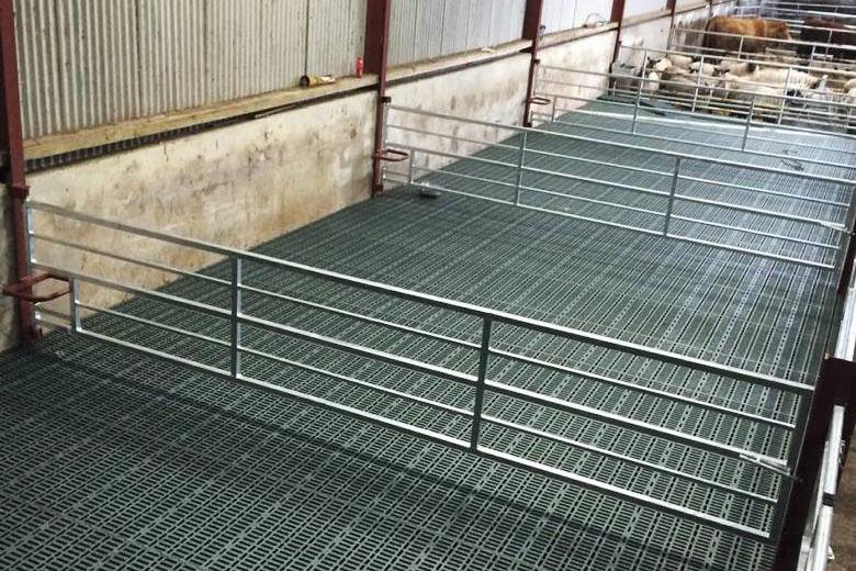 In Pictures Sheep Slat Installation And Costs 28 October