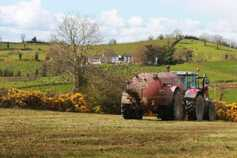 Silage and slurry costs the focus as contractors take to fields