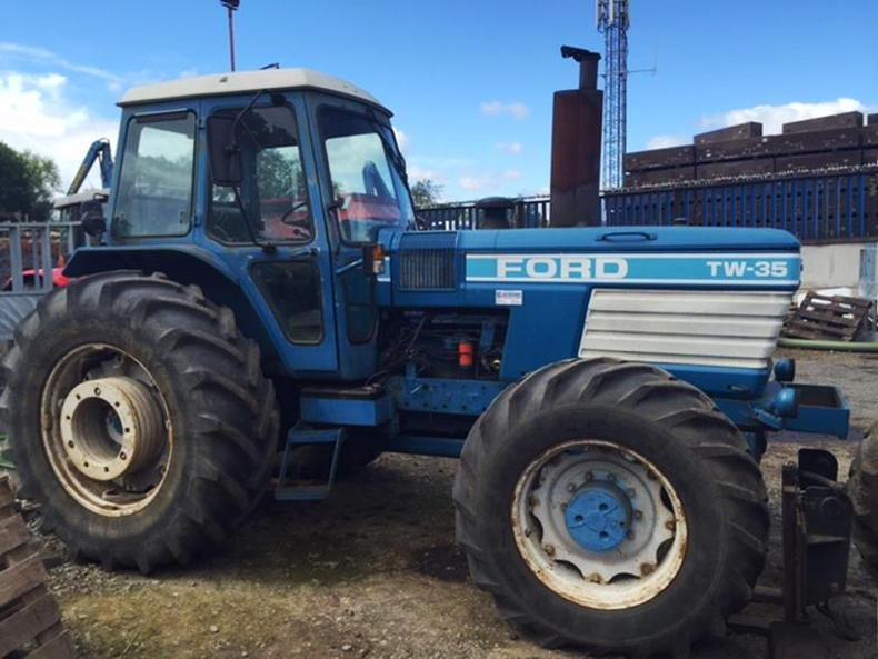 Ford Tw 35 Tractor Parts : Mf tops uk tractor auction at £ september