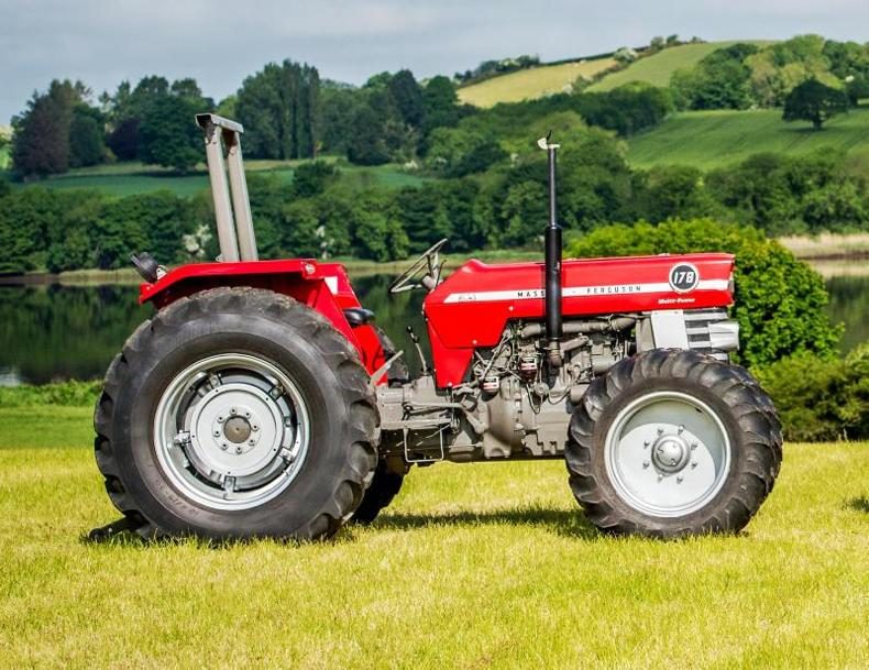 Antique Tractors 4 Wheel Drive : Mf tops uk tractor auction at £ september