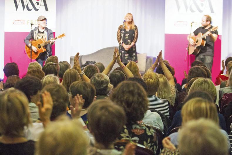 Frances Black performing for the 600 attendees at the Women & Agriculture Conference 2016.