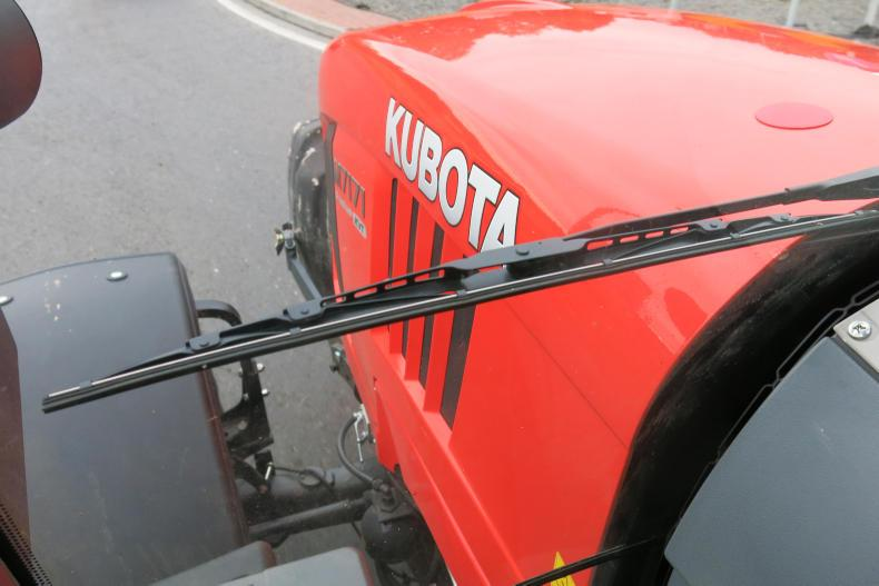 On the road, Kubota M7171 uses a Dana front axle with cab suspension, making it smooth on the road.