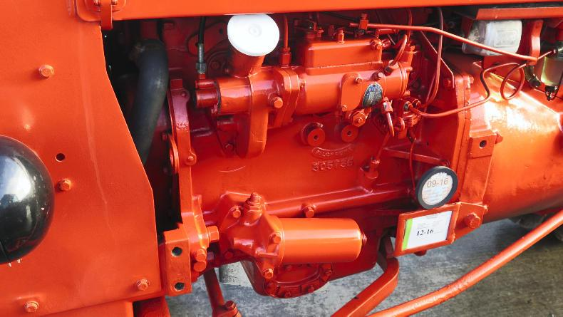 The Allis Chalmers ED40 was powered by a British built Standard Motor Company four-cylinder diesel engine that was fitted with four starter plugs in an attempt to solve the cold starting problems that encouraged Massey Ferguson to fit a three-cylinder engine to the Massey Ferguson 135.