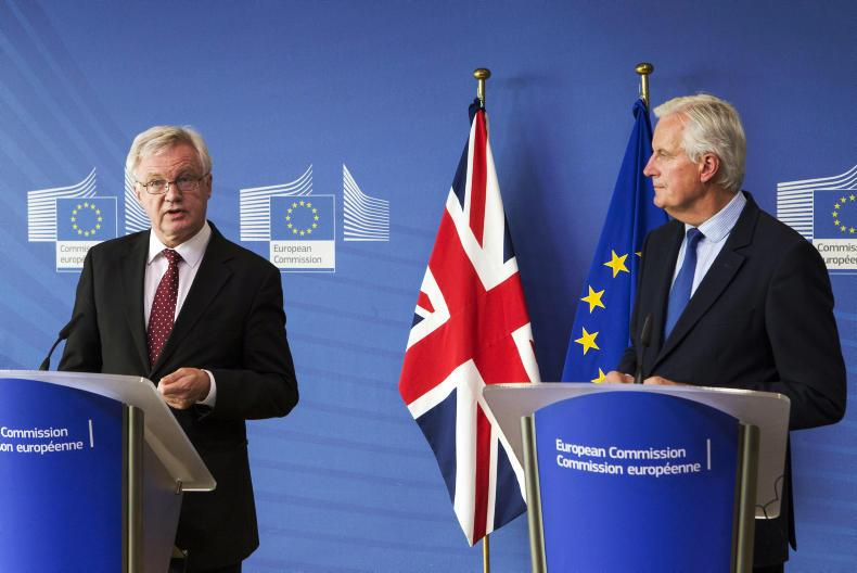 David Davies UK Cabinet Minister responsible for Brexit (left) and Michel Barnier, EU lead negotiator (right) before last round of talks in Brussels.