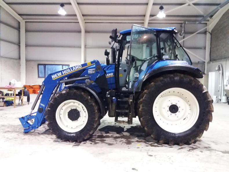 The New Holland T5.120 produces a maximum of 110.4hp with 18.4% torque reserve from the pto.