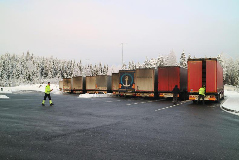 Lorries at the Ørje customs post, 1km inside the Norwegian border on the E18 between Oslo and Stockholm.